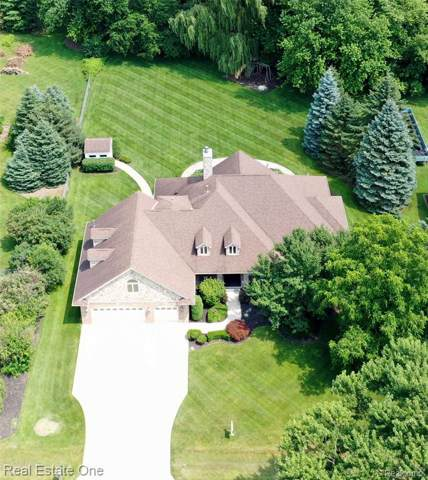 2739 Norton Lawn, Rochester Hills, MI 48307 (#219104478) :: The Alex Nugent Team   Real Estate One