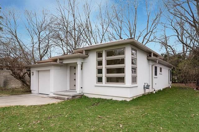 1703 Pontiac Trail, Ann Arbor, MI 48105 (#543269361) :: The Mulvihill Group
