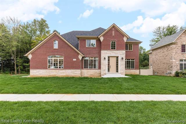 6318 Spring View Crt, Troy, MI 48085 (#219104662) :: Alan Brown Group