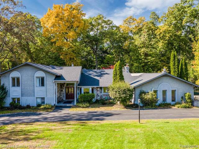 6020 Indianwood Trail, Bloomfield Hills, MI 48301 (#219104712) :: GK Real Estate Team