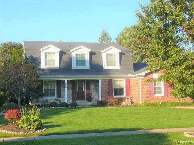 10066 Creekwood Circle, Plymouth Twp, MI 48170 (#219104751) :: Duneske Real Estate Advisors