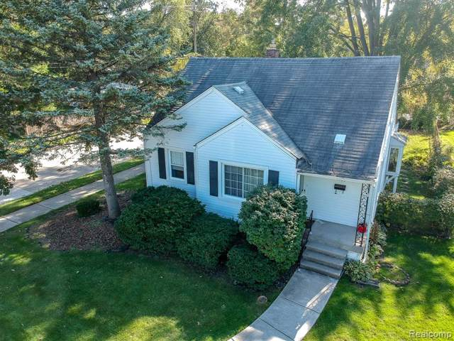 1103 Lawndale Drive, Royal Oak, MI 48067 (#219104832) :: Alan Brown Group