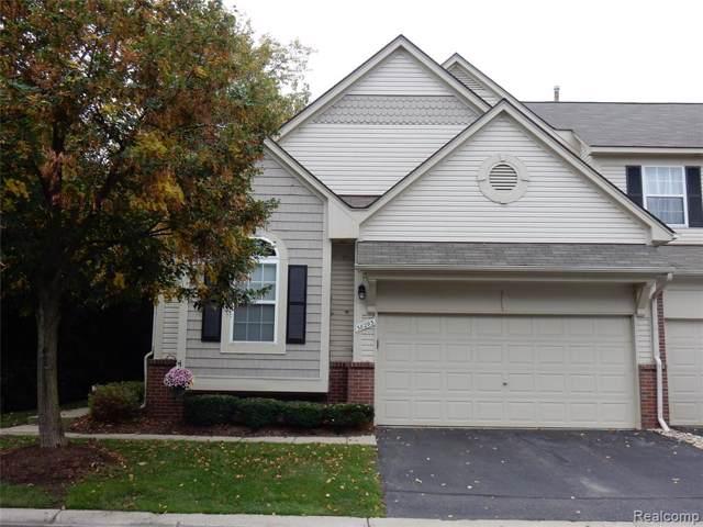 38293 Saratoga Circle #45, Farmington Hills, MI 48331 (#219104968) :: The Buckley Jolley Real Estate Team