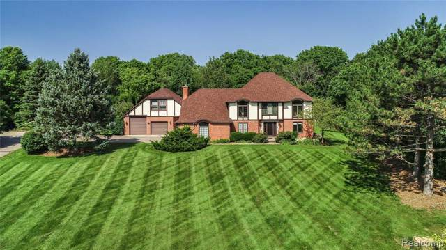 3812 N Michael Road, Scio Twp, MI 48103 (MLS #219105161) :: The Toth Team