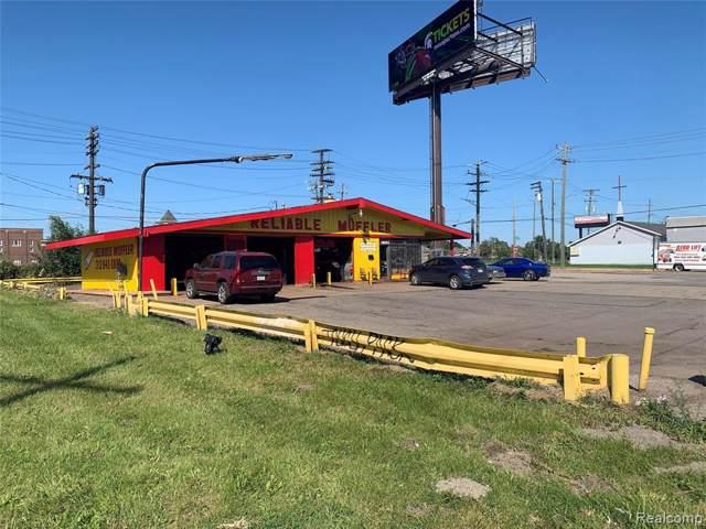 6700-38 W Fort Street, Detroit, MI 48209 (#219105265) :: The Buckley Jolley Real Estate Team