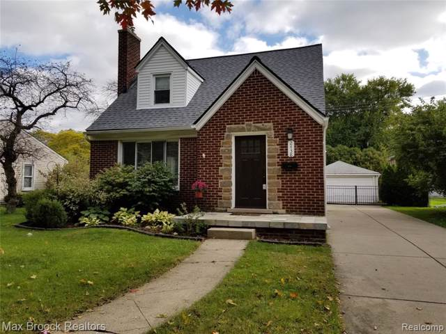 2438 Benjamin Avenue, Royal Oak, MI 48073 (#219105333) :: Alan Brown Group