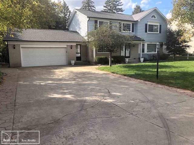 52815 Belle Vernon, Shelby Twp, MI 48316 (#58031397458) :: Alan Brown Group