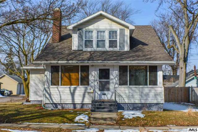104 N Higby, Napoleon, MI 49202 (#55201903809) :: RE/MAX Nexus
