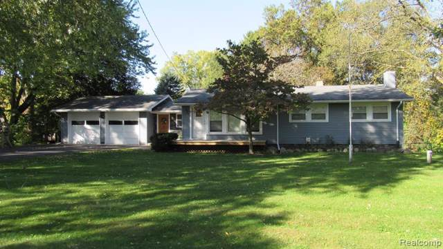 840 Hinford Avenue, Orion Twp, MI 48362 (#219105433) :: Alan Brown Group