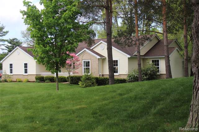 5101 Milroy Lane, Genoa Twp, MI 48116 (#219105540) :: GK Real Estate Team