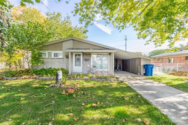 22818 N Brookside Drive, Dearborn Heights, MI 48125 (#219105664) :: GK Real Estate Team