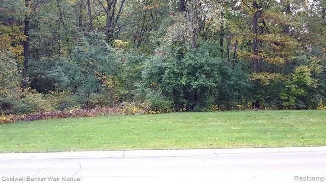 7740 Ridge Valley Drive, Springfield Twp, MI 48348 (#219105693) :: The Buckley Jolley Real Estate Team