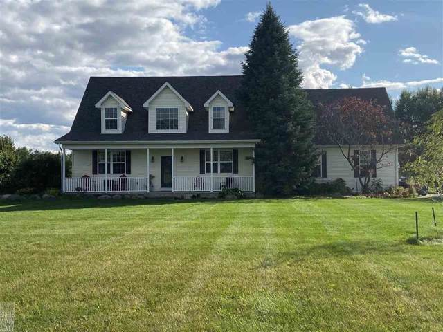 7420 Andres Dr, Almont, MI 48003 (MLS #58031397543) :: The John Wentworth Group