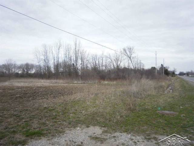 Garfield, Tittabawassee Twp, MI 48623 (#61031397573) :: GK Real Estate Team