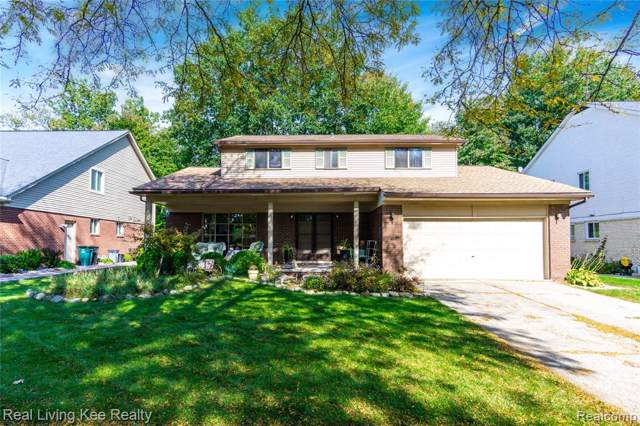 2861 Ranieri Drive, Troy, MI 48085 (#219105869) :: Keller Williams West Bloomfield