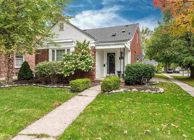 2100 Beaufait, Grosse Pointe Woods, MI 48236 (#58031397607) :: The Mulvihill Group