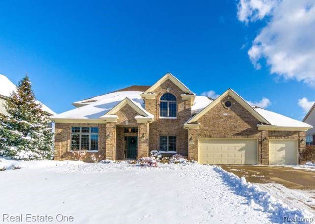 1697 Royal Birkdale Drive, Oxford Twp, MI 48371 (#219106049) :: The Alex Nugent Team | Real Estate One