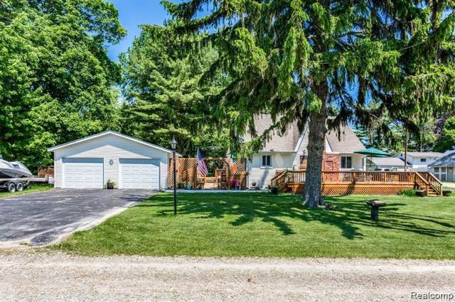 8536 Lakeview Drive, Worth Twp, MI 48456 (MLS #219106078) :: The Toth Team