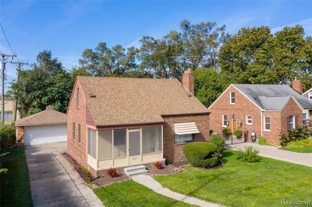 23031 Republic Avenue, Oak Park, MI 48237 (#219106820) :: The Mulvihill Group