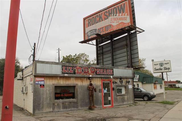 5920 S Cedar Street, Lansing, MI 48911 (#5031397932) :: The Mulvihill Group