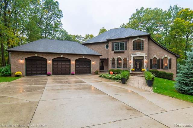 5370 Iroquois Court, Independence Twp, MI 48348 (#219107240) :: GK Real Estate Team