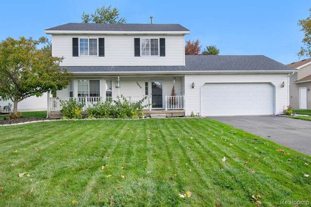 2628 Onagon Trail, Waterford Twp, MI 48328 (MLS #219107274) :: The John Wentworth Group