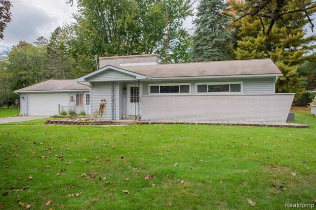 517 Riverside Drive, Linden, MI 48451 (#219107680) :: The Buckley Jolley Real Estate Team