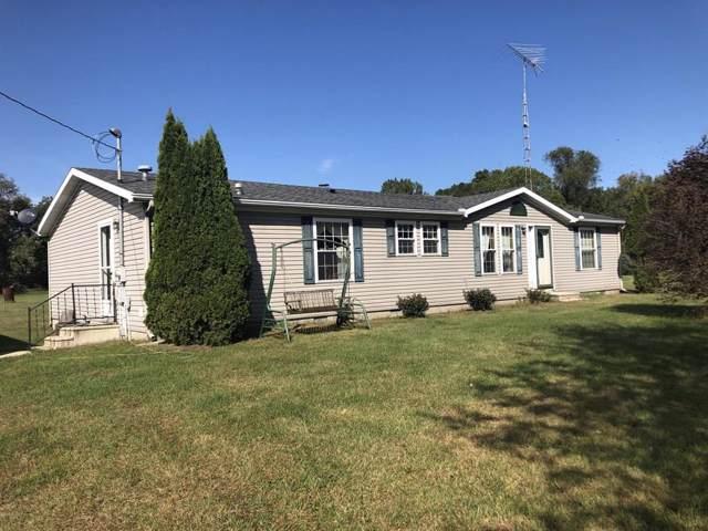 4778 W Hallett Rd, Hillsdale Twp, MI 49242 (#53019049926) :: The Alex Nugent Team | Real Estate One