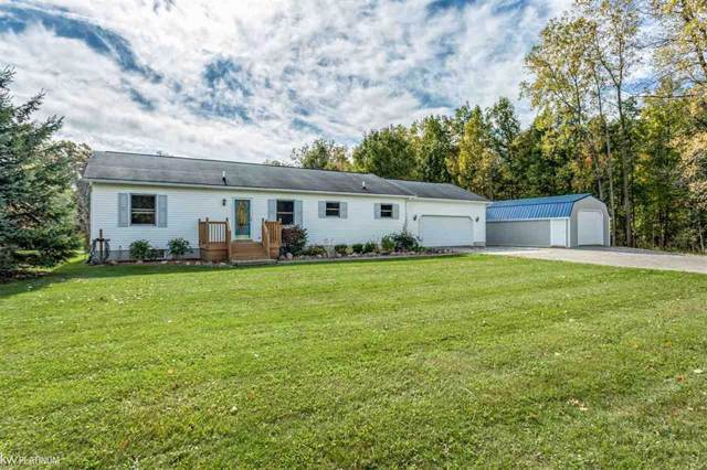6141 Metcalf, Clyde Twp, MI 48049 (#58031398226) :: The Mulvihill Group