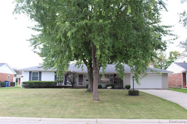 12828 Via Catherina Drive, Grand Blanc, MI 48439 (#219108289) :: The Buckley Jolley Real Estate Team