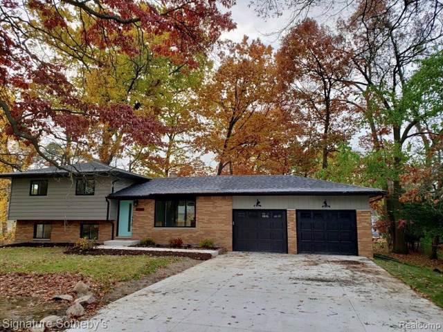 5581 Hanley, Waterford Twp, MI 48327 (#219108439) :: The Buckley Jolley Real Estate Team