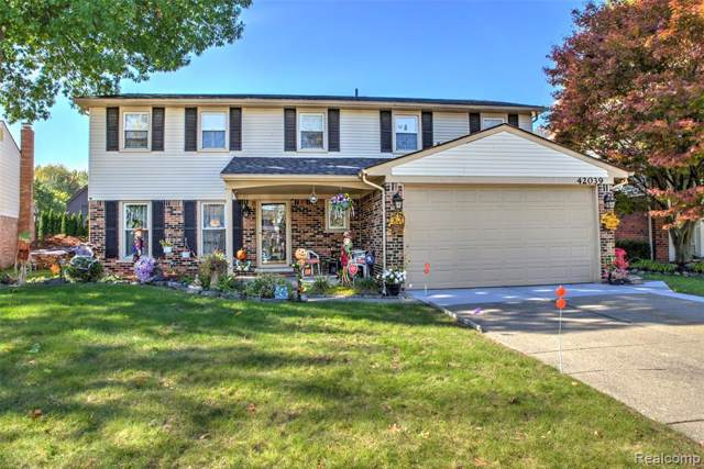 42039 Bay Court, Sterling Heights, MI 48313 (#219108552) :: The Mulvihill Group