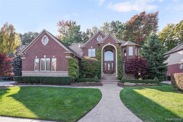 52381 Forest Grove Drive, Shelby Twp, MI 48315 (#219108671) :: The Mulvihill Group
