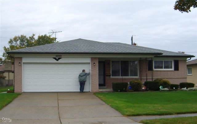 4099 Gunther Dr, Sterling Heights, MI 48310 (#58031398396) :: The Mulvihill Group