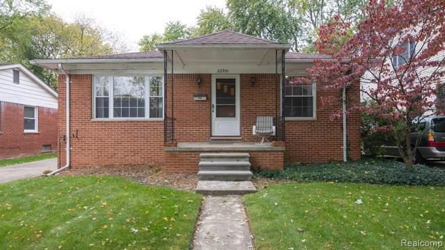 22931 Maple Avenue, Farmington, MI 48336 (#219108926) :: The Mulvihill Group