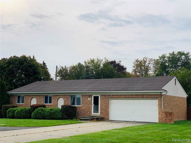 176 E Long Lake Road, Troy, MI 48085 (#219109118) :: The Buckley Jolley Real Estate Team
