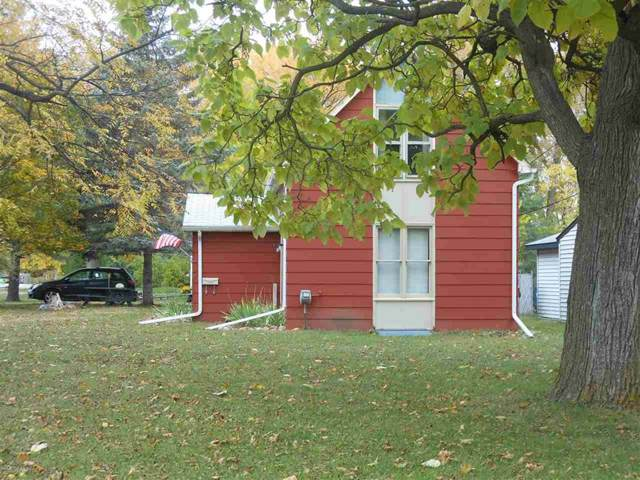 906 W Oak, Vassar, MI 48768 (#5031398688) :: The Buckley Jolley Real Estate Team