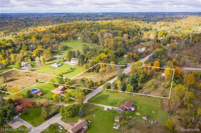 10274 Pontiac Lake Road, White Lake Twp, MI 48386 (#219110115) :: The Buckley Jolley Real Estate Team