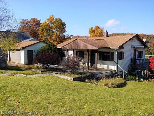 4872 Clarkston Road, Independence Twp, MI 48348 (#219110147) :: GK Real Estate Team