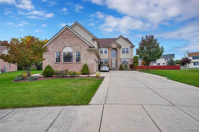 26738 Coronation Drive, Woodhaven, MI 48183 (#219110364) :: The Buckley Jolley Real Estate Team