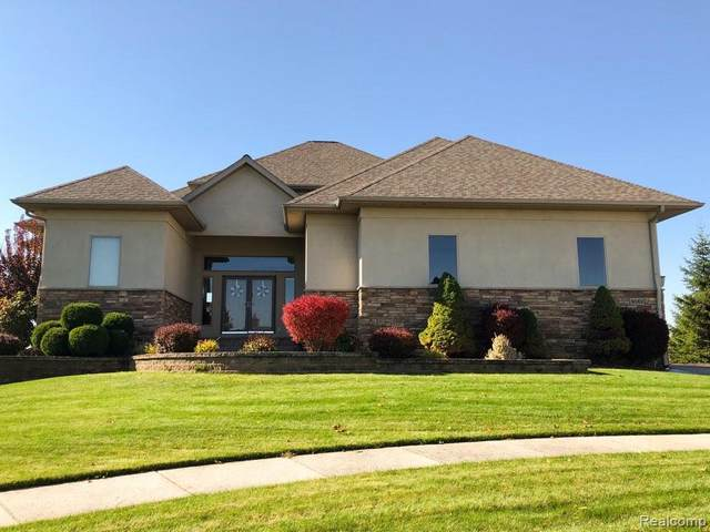 9062 Copper Ridge Circle, Davison Twp, MI 48423 (#219110627) :: The Merrie Johnson Team