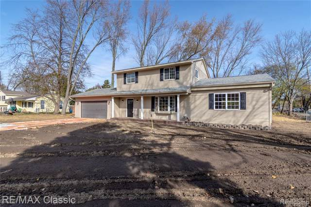 1435 Denver Avenue, Waterford Twp, MI 48328 (#219110744) :: The Buckley Jolley Real Estate Team
