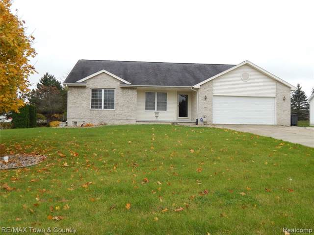 5401 Bright Creek Court, Flint Twp, MI 48532 (#219111175) :: The Buckley Jolley Real Estate Team