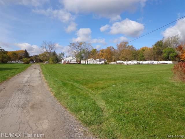 1461 N Old Us-23, Hartland Twp, MI 48843 (#219111291) :: GK Real Estate Team
