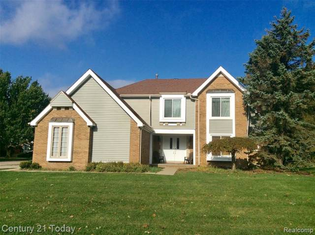 17401 Farmcrest Lane, Northville, MI 48168 (#219111778) :: Team Sanford