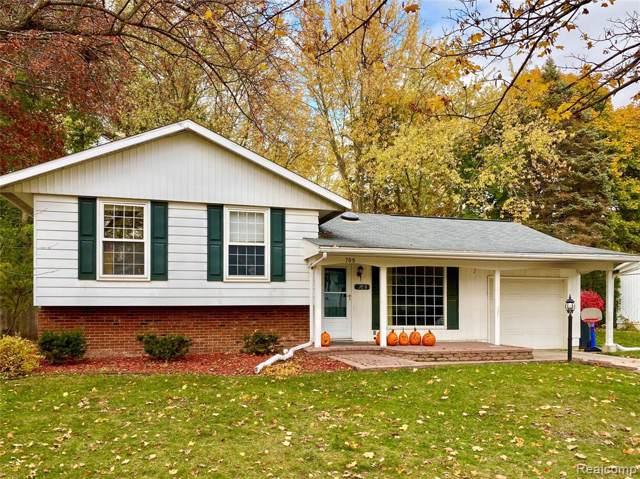 709 Hollybrook Drive, Midland, MI 48642 (#219112717) :: GK Real Estate Team