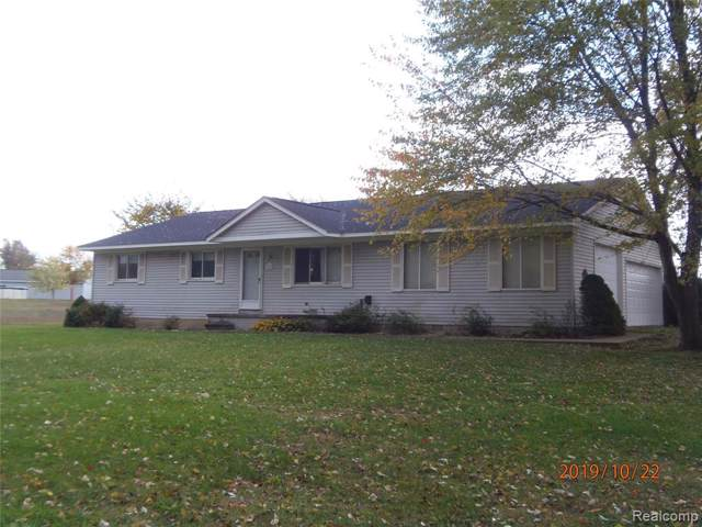 300 E Barron Road, Howell Twp, MI 48855 (#219113263) :: RE/MAX Nexus