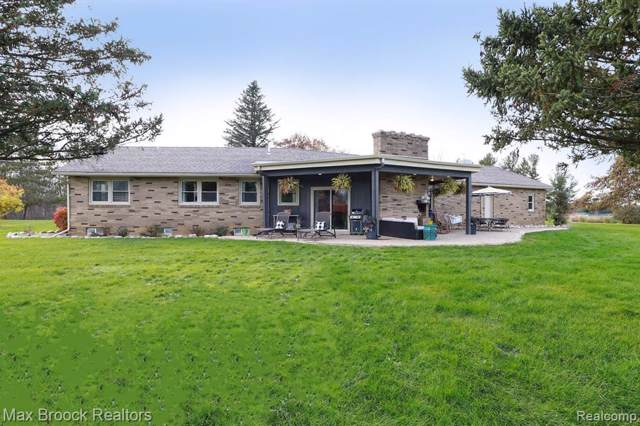 5790 Jefferson Rd, North Branch Twp, MI 48461 (#219113566) :: The Buckley Jolley Real Estate Team