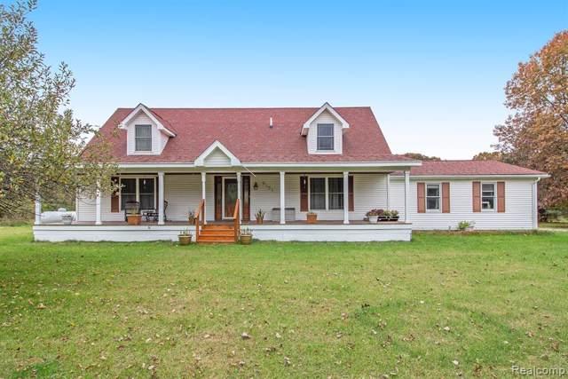 9151 Cedar Lake Rd, Putnam Twp, MI 48169 (#219113646) :: The Buckley Jolley Real Estate Team