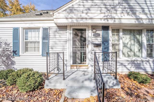 1613 Amelia Avenue, Royal Oak, MI 48073 (MLS #219113846) :: The Toth Team